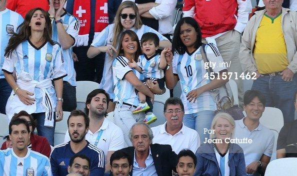 Antonella Roccuzzo et Thiago Messi le 01 - 07