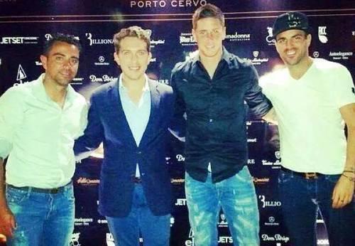 Ollala Dominguez, Fernando Torres, Daniella Semaan, Cesc Fabregas, Nuria et Xavi Hernandez le 16 - 07