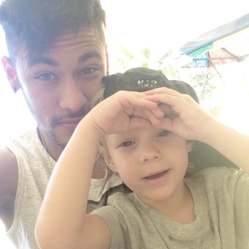 Neymar et Davi Lucca le 20 - 07