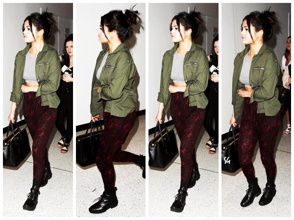 Selena en mode femme fatale !