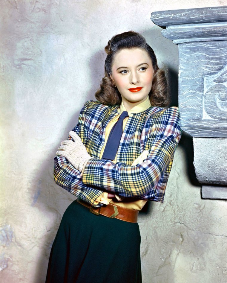 "Barbara STANWYCK ( Born : Ruby Catherine STEVENS,  July 16, 1907 in Brooklyn, New York City, New York, USA,  Died : January 20, 1990 (age 82) in Santa Monica, California, USA) Height : 5' 5"" (1,65 m)"