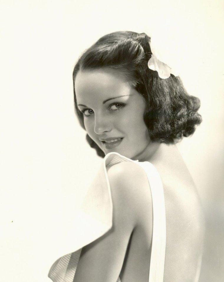 Rochelle HUDSON