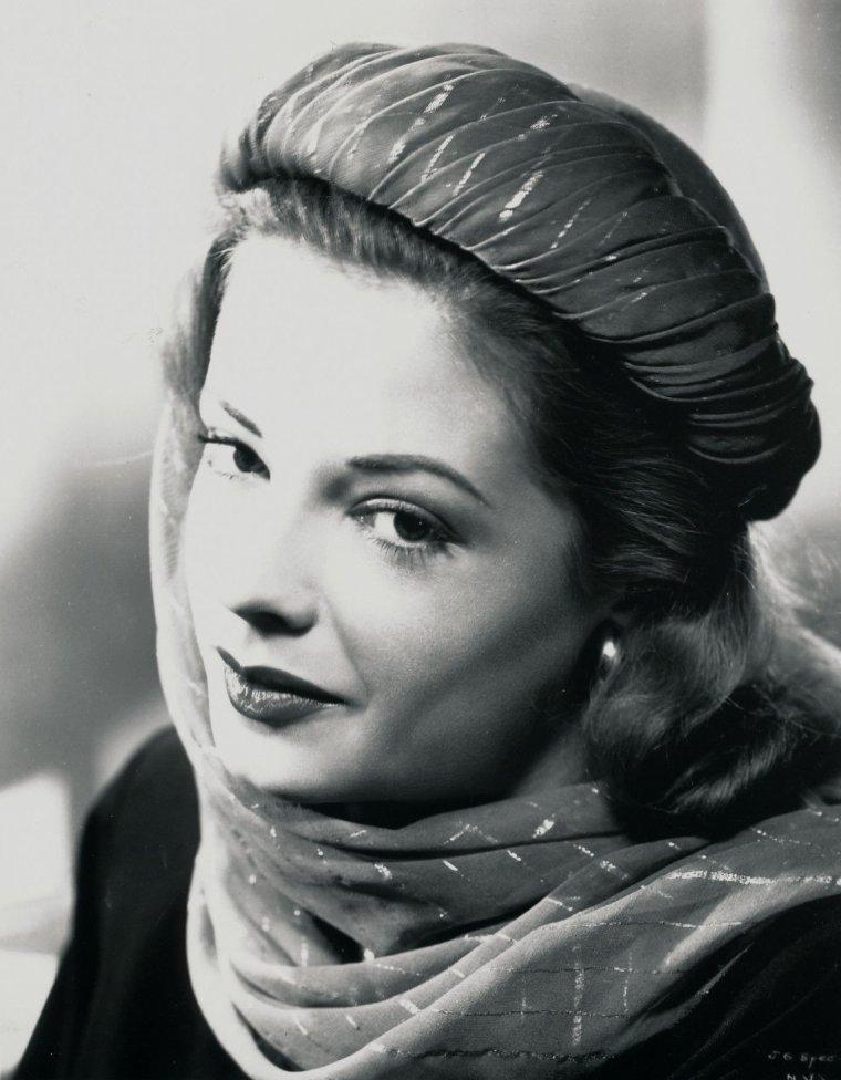 Jane GREER
