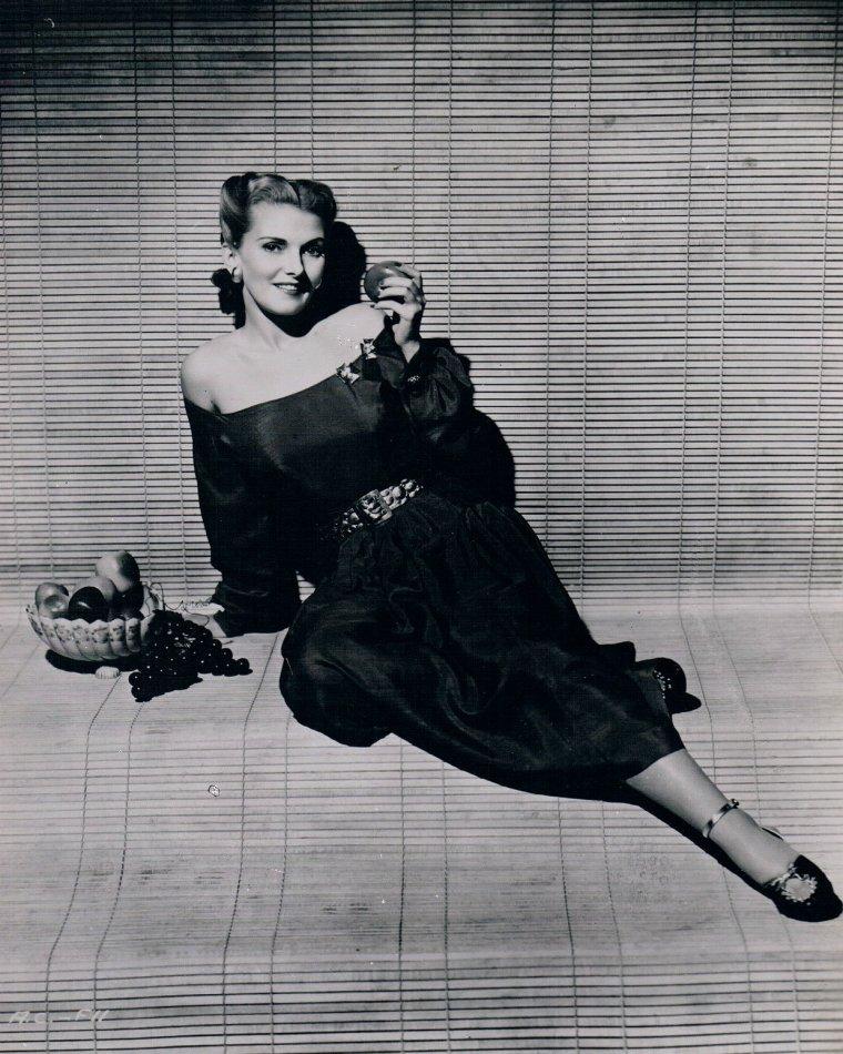 Anita COLBY