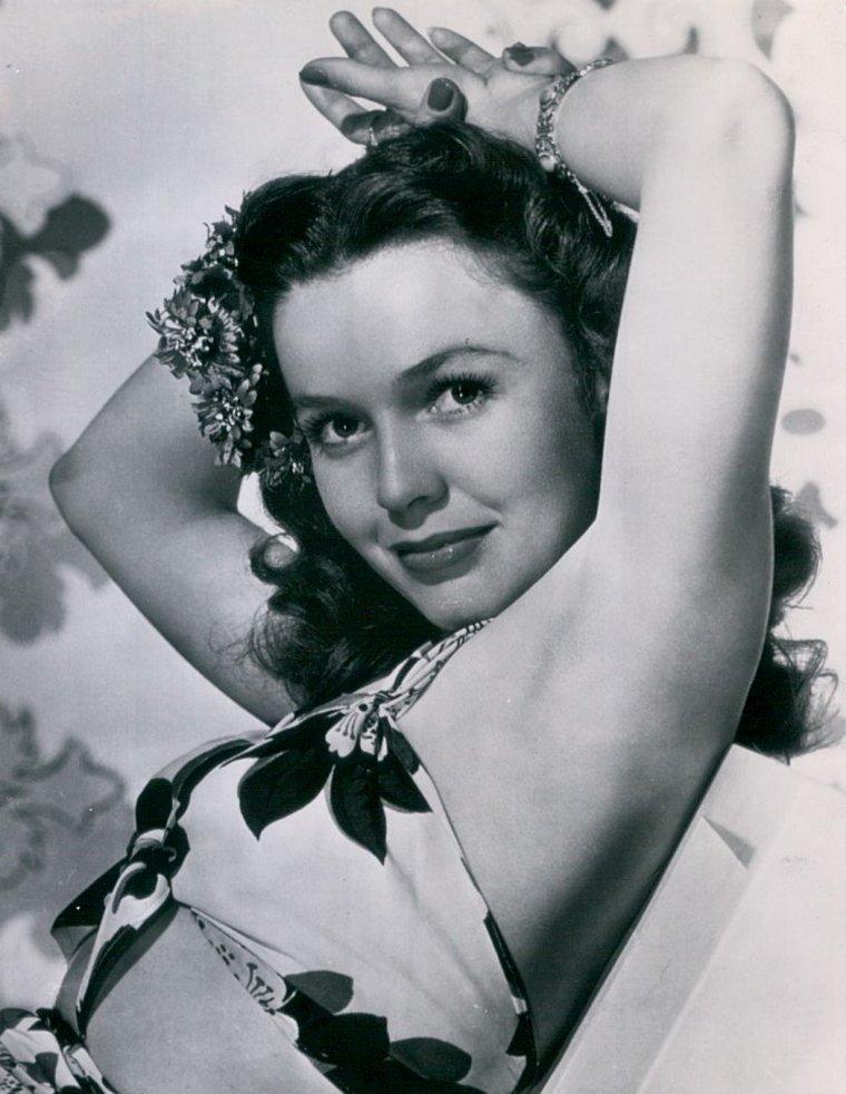 Mary ANDERSON (Born : Bebe ANDERSON,  April 3, 1918 in Birmingham, Alabama, USA,  Died : April 6, 2014 (age 96) in Burbank, California, USA)