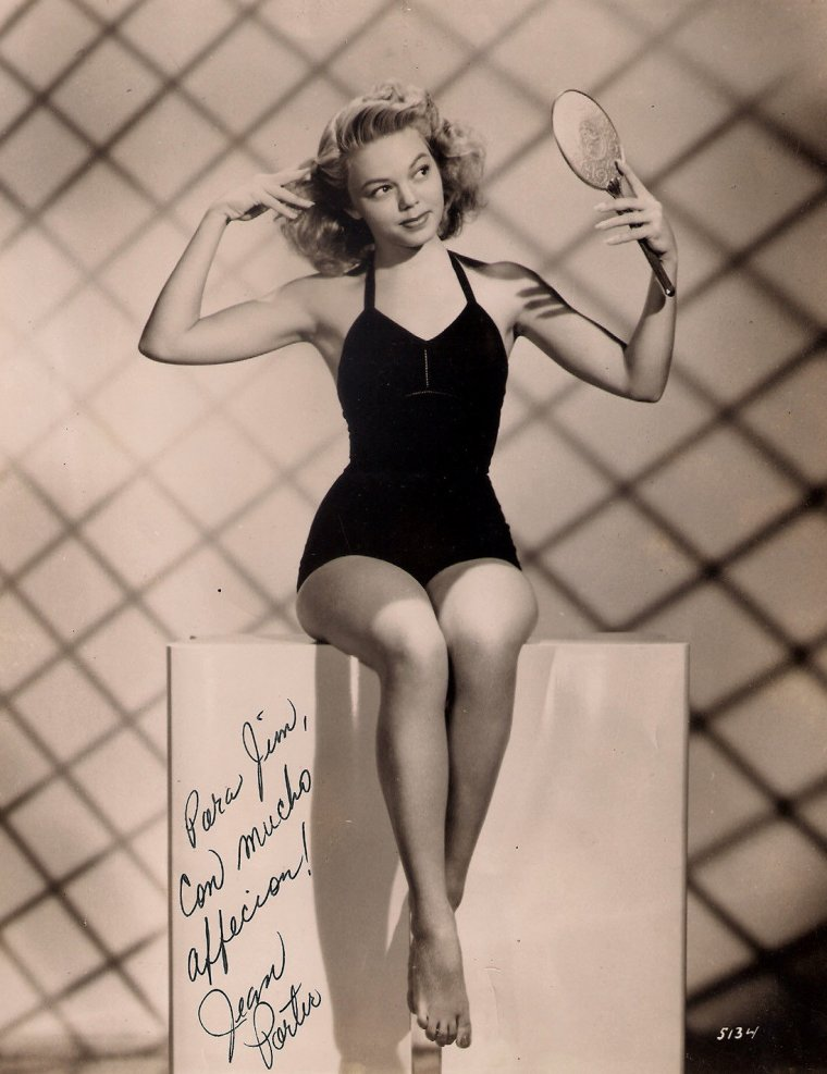 Jean PORTER (Born : December 8, 1922 in Cisco, Texas, USA)  Height : 5' (1,52 m)