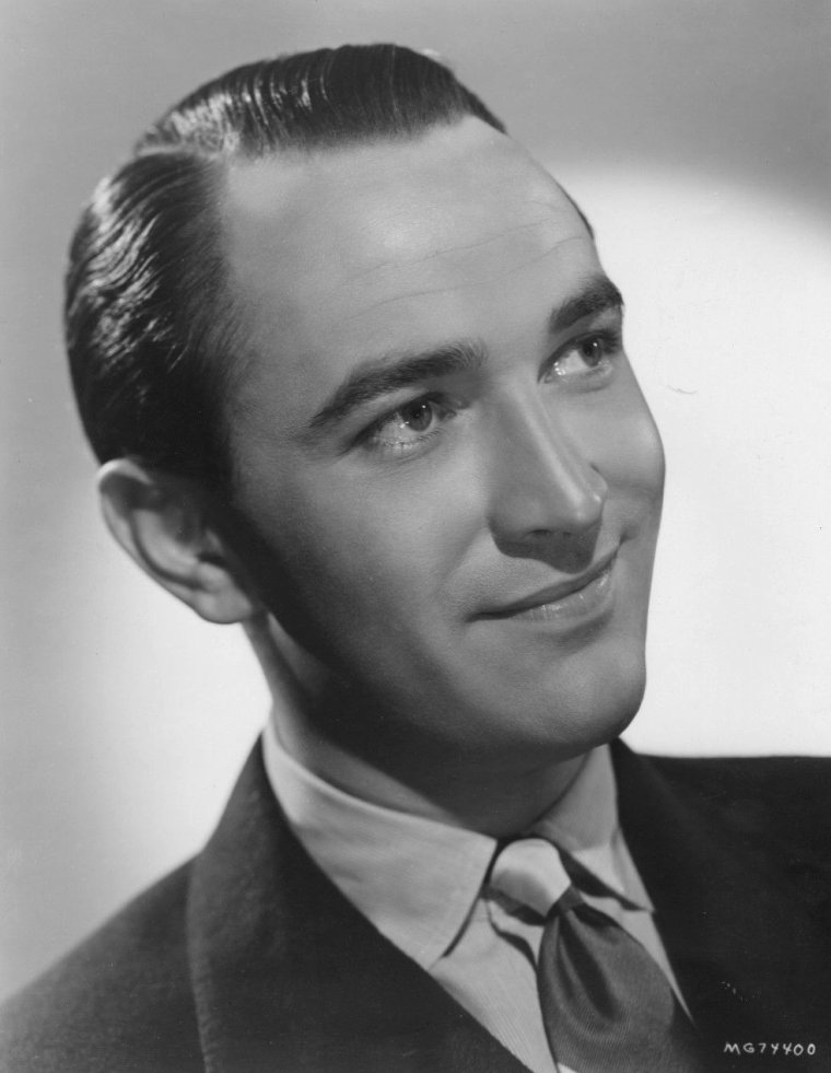 Lee BOWMAN (Born : December 28, 1914 in Cincinnati, Ohio, USA,  Died : December 25, 1979 (age 64) in Brentwood, Los Angeles, California, USA)  Height : 1',6' (1,83 m)
