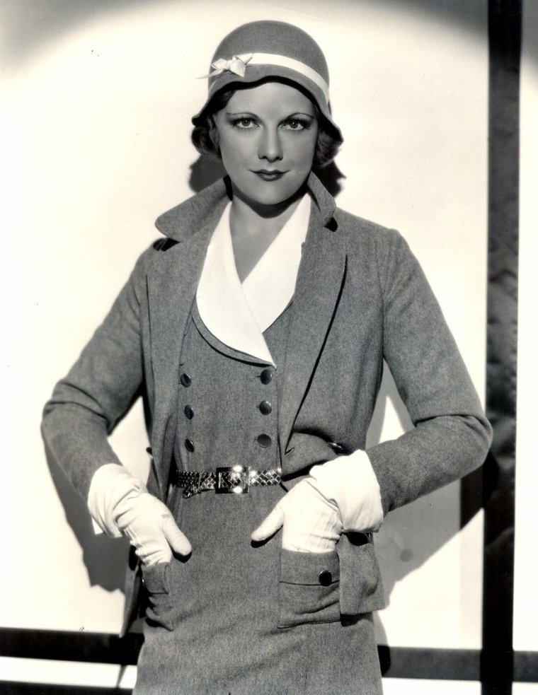 "Adrianne ALLEN (Born : February 7, 1907 in Manchester, ENGLAND, UK,  Died : September 14, 1993 (age 86) in Montreux, SWITZERLAND)  Height : 5', 4"" (1,63 m)"