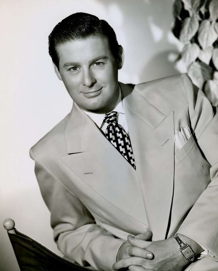 "Don DeFORE (Born : Donald John DeFORE,  August 25, 1913 in Cedar Rapids, Iowa, USA,  Died : December 22, 1993 (age 80) in Los Angeles, California, USA)  Height : 6' 1"" (1,85 m)"