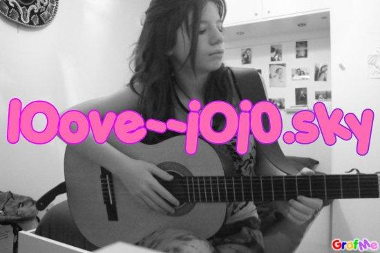 Joanna avec sa guitare ;D