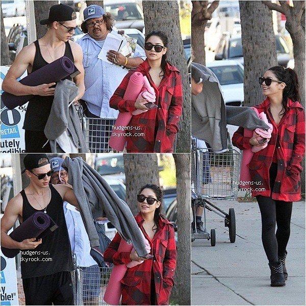 . 02 JANVIER 2013 : Vanessa à été vu sortant de son cours de Yoga avec Austin  .