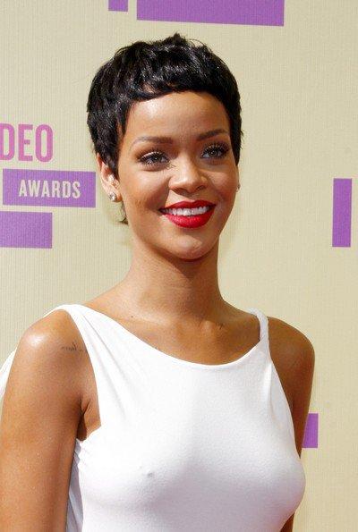 Rihanna/ Chris Brown: la rupture ! ( Actualité du 19 Décembre. )