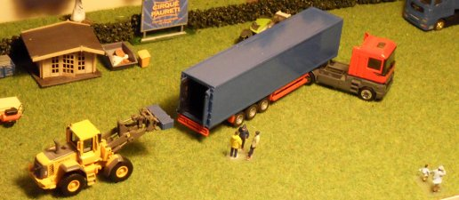 Convoi matériel 01 suite