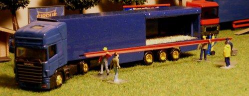 Convoi paille travaux 04