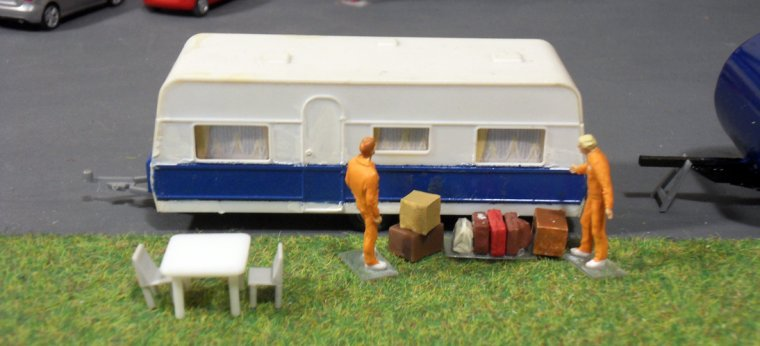 Caravane service pub 11
