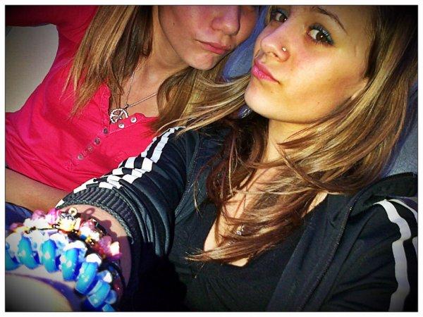Stacy & Zélia.