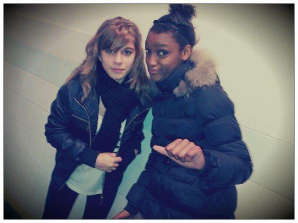 Charlotte & Yasmina.