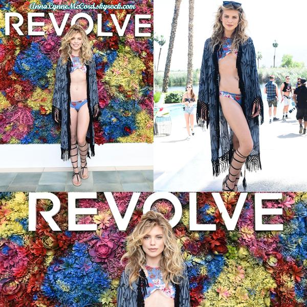 15/04/17 : AnnaLynne assistait au Festival Coachella  à Indio.  Anna est sexy et montre bien son corps, j'adore les photos !