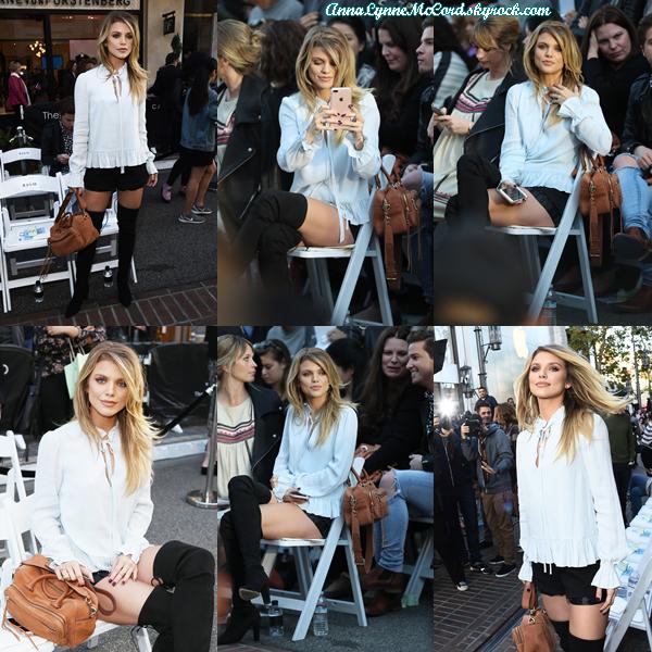 04/02/17 : AnnaLynne faisait assistait au défile de mode de  Rebecca Minkoff  à Los Angeles.  AnnaLynne est canon ! Très bon choix de tenue, c'est un top.