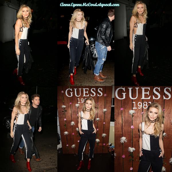 21/03/17 : AnnaLynne se rendait et assistait au lancement du parfum  GUESS 1981  à Los Angeles.  La tenue de l'actrice est surprenante mais je dois dire qu'elle lui va bien, petit top.