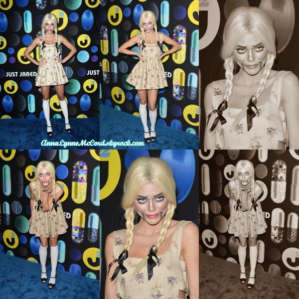 31/10/15 : AnnaLynne était présente à l'événement  Just Jared Halloween Party.