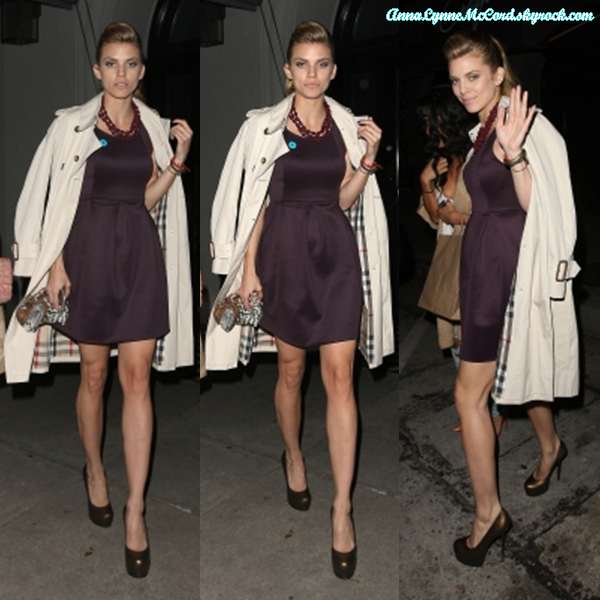 11/03/15 : AnnaLynne aperçue en train de se rendre à un dîner chez Craig's à Los Angeles.