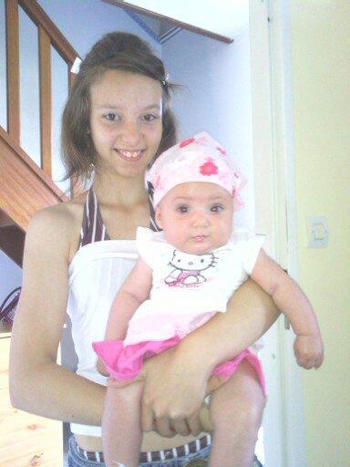 moi et ma soeur avant d'aller a la mer