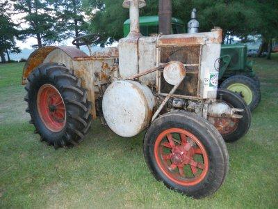 Exposition de véhicule Agricole à Biarritz