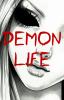 Démone Life.
