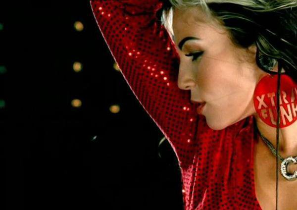 Carine Haddadou: Show Some Love: Lyrics/Paroles