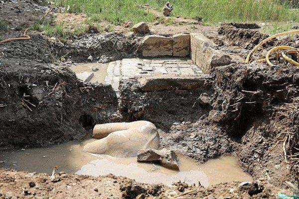 Egypte : découverte d'une probable statue de Ramsès II