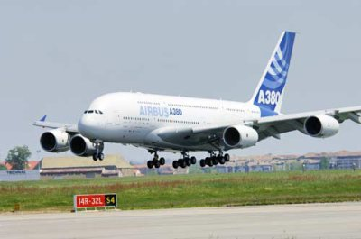 Airbus A380 : des micro fissures mais....sans conséquence