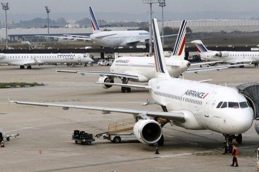 Air France, en sureffectif, réduit sa flotte et joue la carte low cost