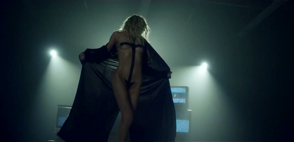 THE PRETTY RECKLESS : HEAVEN KNOWS.