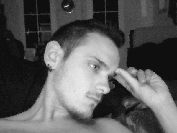 Une nouvelle photo de moi car depuis la derniere que j'ai mise j'ai pas mal changer ^^