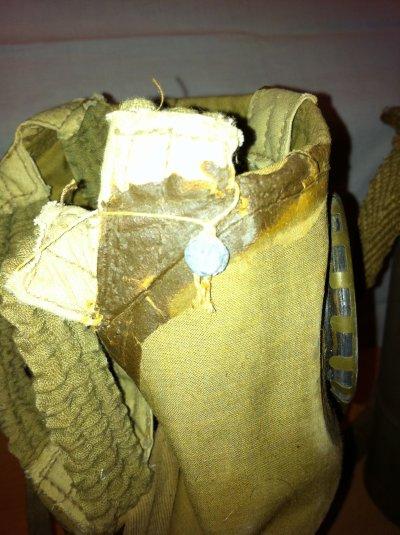second masque a gaz de meillieur conservation ne s'effrite pas complet avec sangle sur sa boite