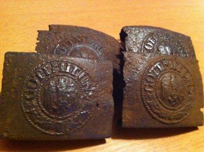 boucles de ceintures allemandes trouvee de terre