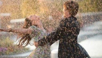 La vie ce n'est pas d'attendre que les orages passent mais d'apprendre à danser sous la pluie ! ..* ♥