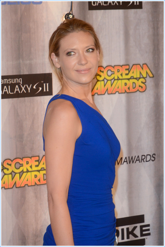 Anna Torv - scream award 2011