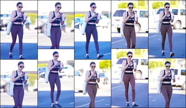 - '-22/02/18-' ◘Emma Roberts a été photographiée par les paparazzis, alors qu'elle quittait un cours de danse. C'est dans une tenue des plus décontractée que nous retrouvons en ce jour notre belle starlette. Pour ma part c'est un petit TOP, et toi ? -