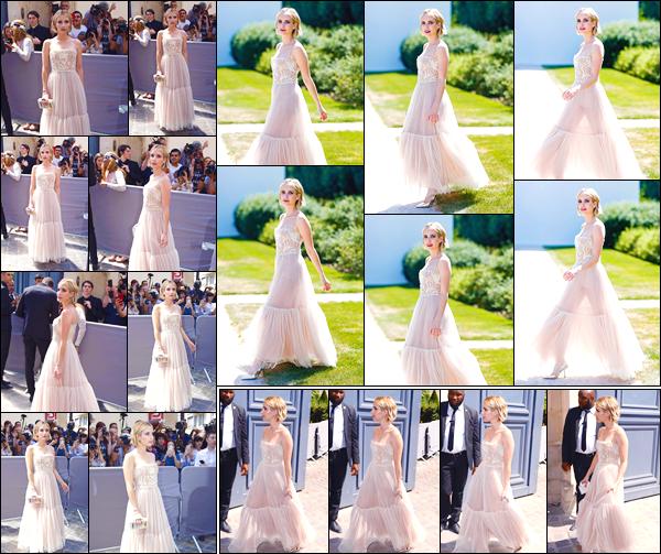 - '-02/07/18-' ◘Emma Roberts était présente au défilé de : « Christian Dior », lors de la Fashion Week de Paris. C'est dans une magnifique robe que nous retrouvons notre belle Emma aux allures de princesse pour ce défilé. Je lui accorde un gros top. -
