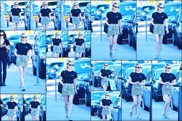 - '-28/01/18-' ◘Emma Rose a été photographiée alors qu'elle se baladait sur l'Avenue Melrose, à Los Angeles. Nous retrouvons enfin notre starlette pour un petit candids hors set, il était temps ! Pour ma part je lui accorde un très joli top, j'adore. -