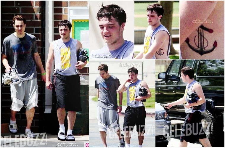 ...18 . 04...  Josh fait du basketball ! (Los Angeles)   ...2 0 1 2...  • Il a été vu avec des amis après une partie de basket, en tenue de sport qui nous laisse voir un 2ème tatouage.