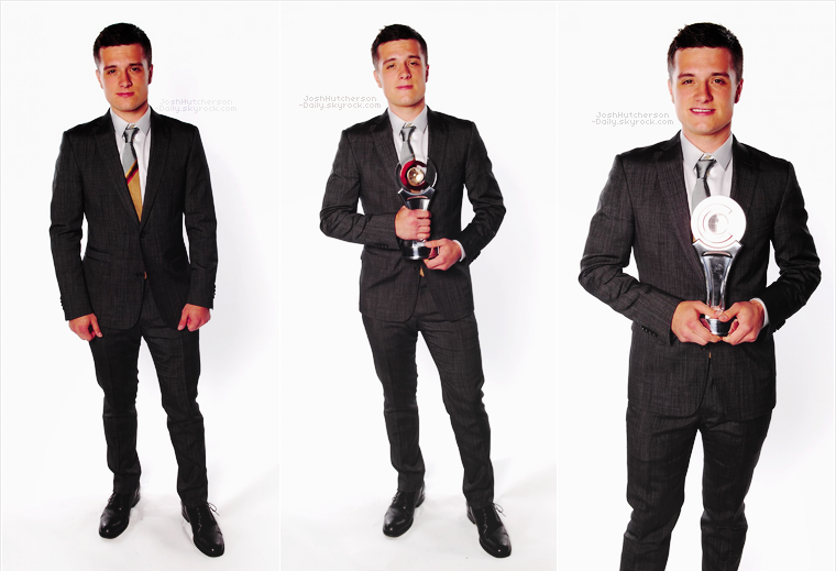 ...26 . 04...  Josh au CinemaCon Awards 2012 (Las Vegas)   ...2 0 1 2...  • La cérémonie a eu lieu au Caesars Palace. Josh a reçu le prix de la meilleure révélation de l'année !
