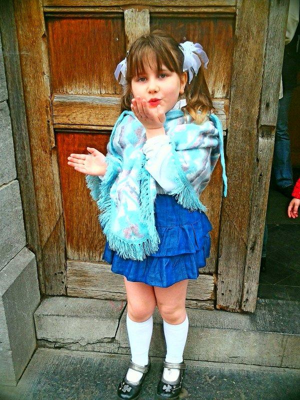 ma fille habillé pour sa fancyfaire je t'aime