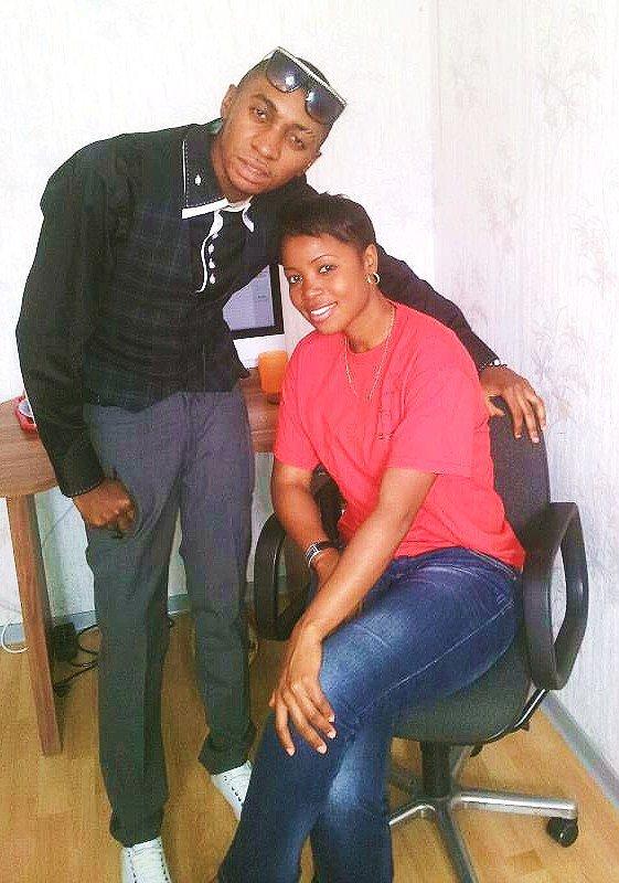 Fr Mercisse Elonga & Sr Sandra Mbuyi ma grande soeur que j'aime beaucoup !!