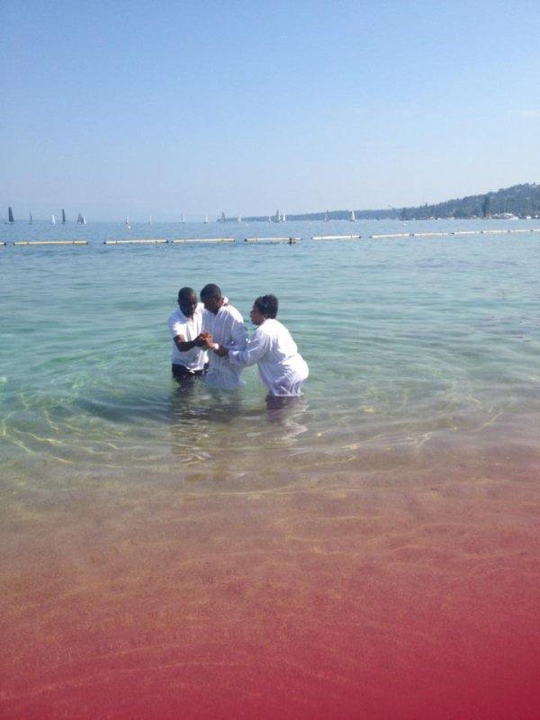 ma nouvel naissance je suis née de nouveau mon baptême. Le 6 juillet 2013
