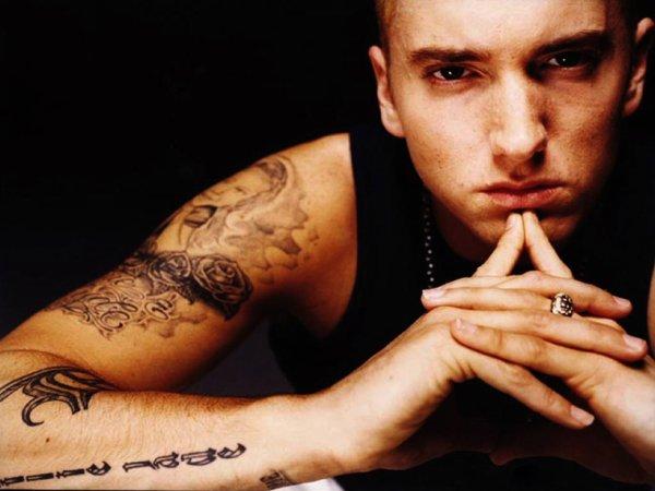 /!\ Eminem /!\ (Oui, ce n'est pas un artiste Rock mais je tiens à le citer dans mon blog.)