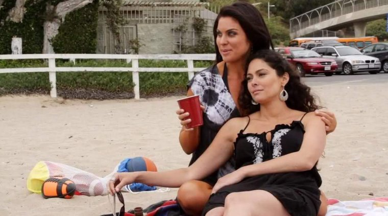 Jessica Leccia et Nadia Bjorlin part 1