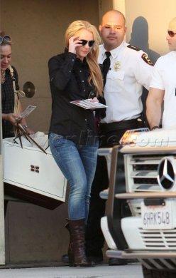 Britney fait du shopping ( 16/11/10 ) ^^